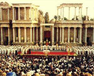 Ceremonia Instauracion provincia eclesiastica Merida 1994 (600 x 488)