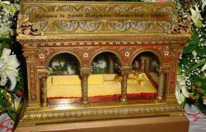 Reliquias de Santa Margarita de Alacoque (Basílica de Santa Eulalia -Mérida- y Capilla adoración perpetua -Badajoz-)