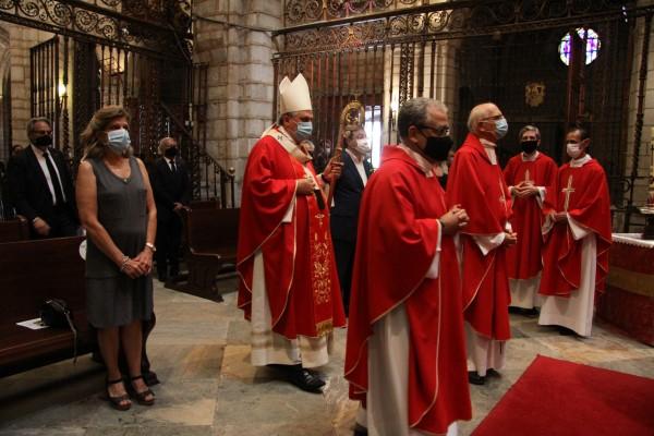Celso Morga, durante el funeral en Badajoz